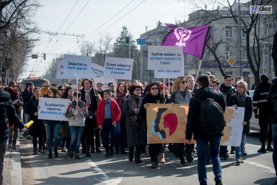 Marșul-feminist-8-martie-2018-178