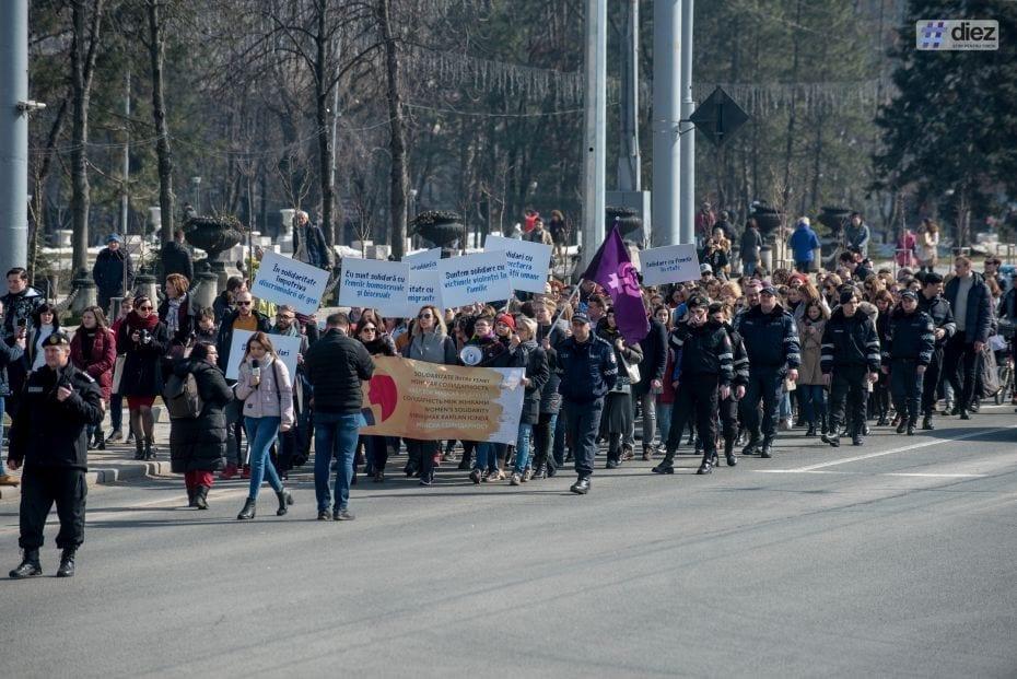 Marșul-feminist-8-martie-2018-234