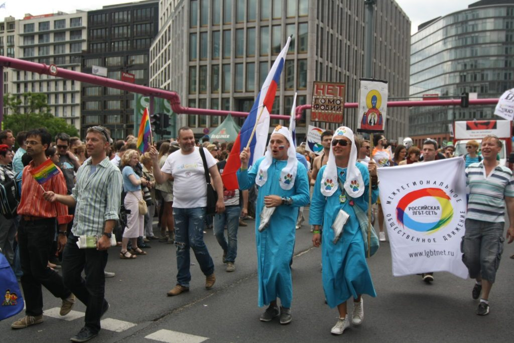 christopher_street_day_berlin_2012_by_stefano_bolognini464-russian-lgbt-network-1024x683
